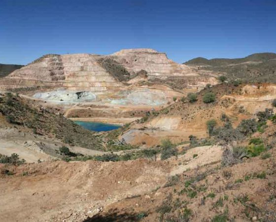 Mining operations at copper mine Darrehzar