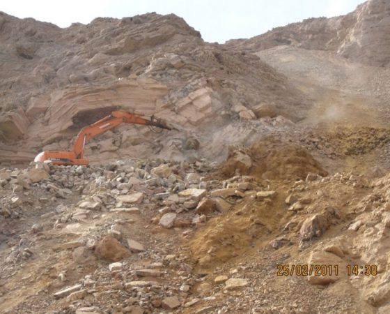 Preparation and stripping and mining operations of mehdiabad mine (calamine)
